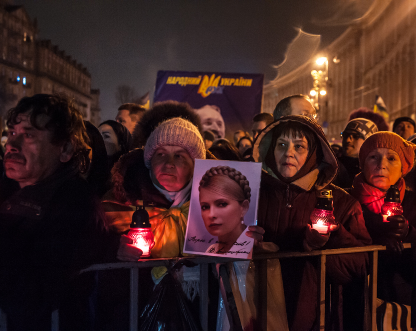 maidan revolution after the battle guillaume herbaut photography