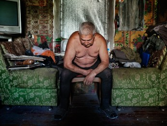 AVDIIVKA- 79 Lermontova Street-May 24th 2017- 4H42 PM Alexander Ivanovich, 65 years old. His house, which was hit five times by shellings, is located at a few hundred meters from the front line of the Ukrainian army.